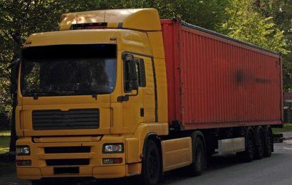 Diebstahl eines Lkw-Steuergeräts in Nittenau