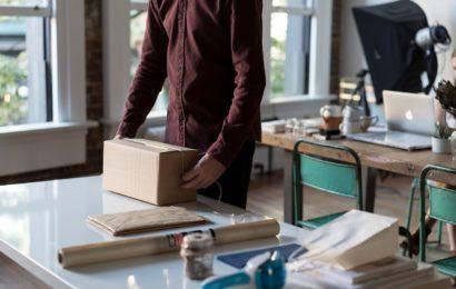 Hausfrau aus Wernberg-Köblitz erhielt gefährlichen Arbeitsvertrag als Paketagentin