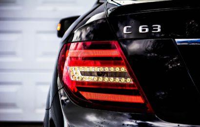 Sachschaden an Mercedes AMG