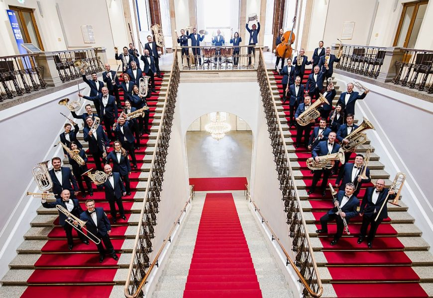 Innenminister Joachim Herrmann lädt zum Online-Benefiz-Neujahrskonzert des Polizeiorchesters Bayern ein