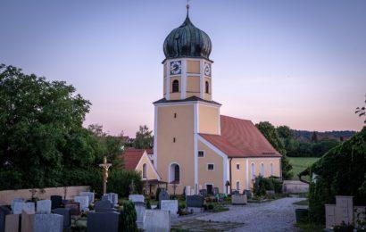 Zündelei in der Stadtpfarrkirche in Waldmünchen
