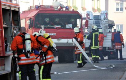 Garderobe in Schule in Brand geraten