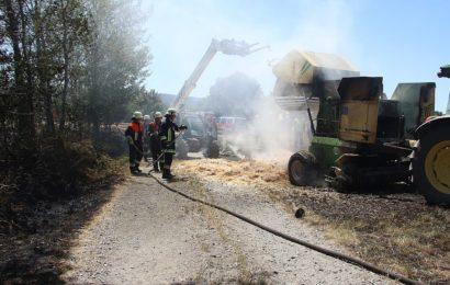 Brand einer Strohballenpresse