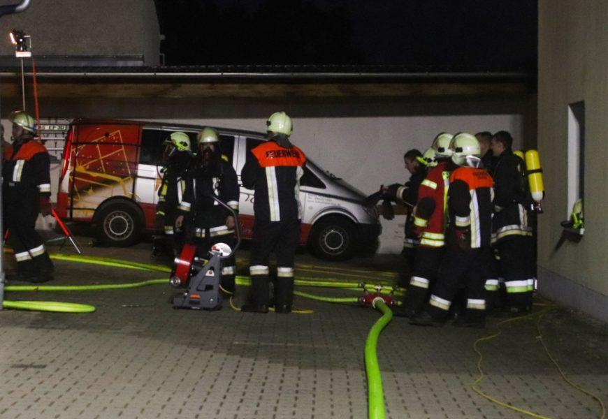 Brand in einem Mehrparteienhaus in Traitsching