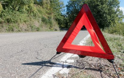 B85 bei Richt nach Reifenplatzer halbseitig blockiert