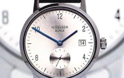 Seltene hochwertige Armbanduhr aus Jackentasche gestohlen