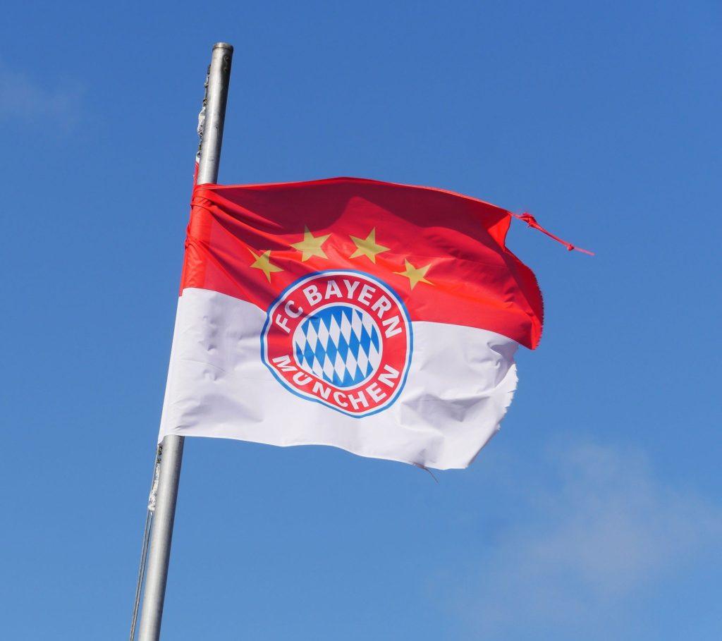Symbolbild: Flagge des FC Bayern