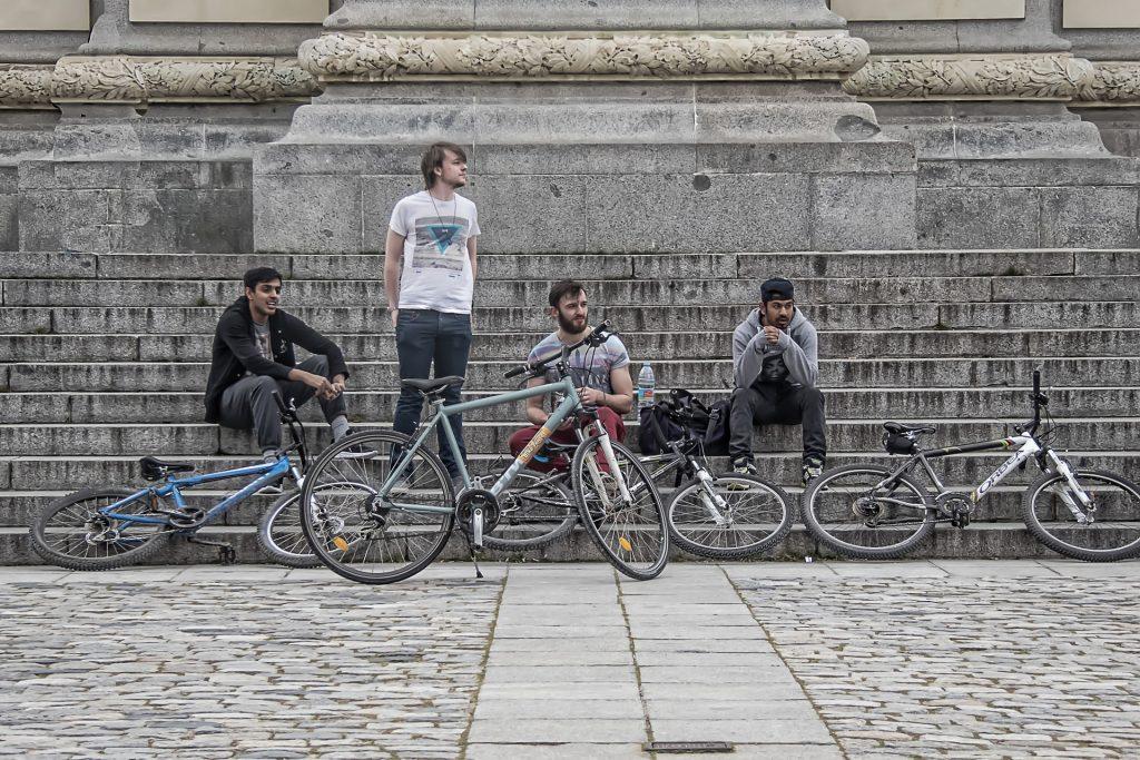 Symbolbild: Gruppe Jugendlicher
