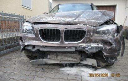 Kurioser Verkehrsunfall mit einer Leichtverletzten