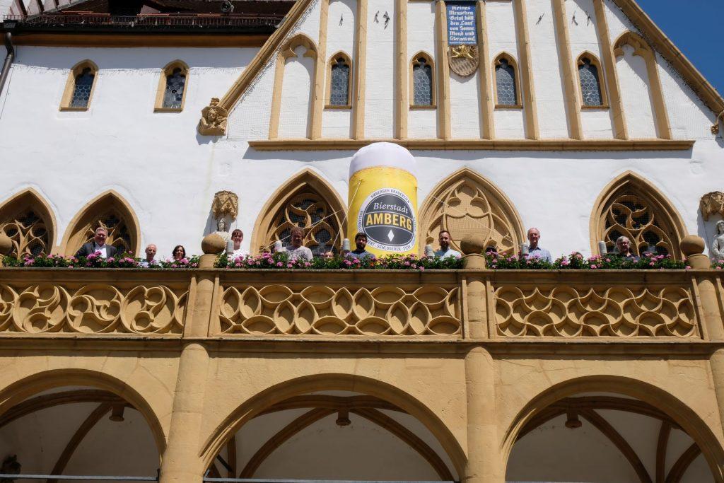 Gute Stimmung gab es auf dem Amberger Rathausbalkon