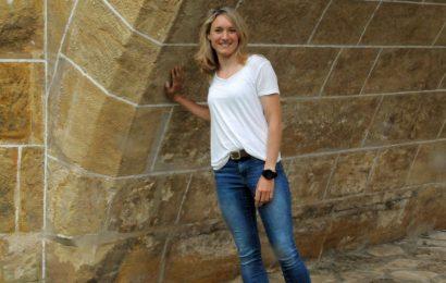 """Claudia Mai von der Kommunalen Jugendarbeit im Landkreis Amberg-Sulzbach freut sich schon auf die Jugendarbeit, die jetzt auch wieder """"analog"""" anlaufen darf. Foto: Jugendpflegerin Claudia Mai / Martina Beierl"""