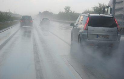 Hund auf der A93 bei Regenstauf überfahren