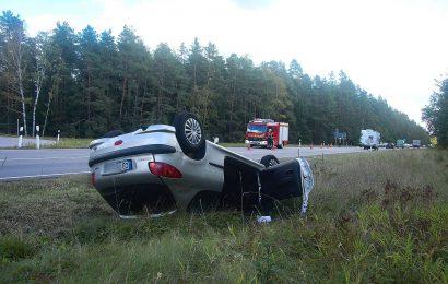 Verkehrsunfall mit Überschlag auf der B85 bei Ebermannsdorf
