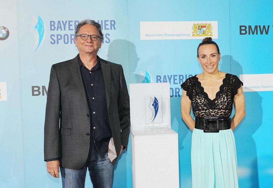 """Sportminister Joachim Herrmann übergibt """"Bayerischen Sportpreis 2020"""""""