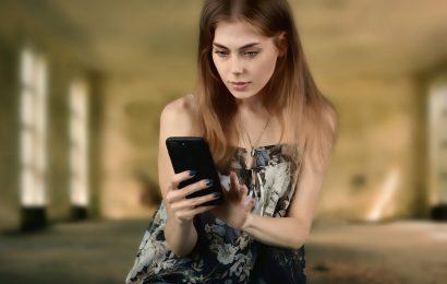 Warnung vor falschen Paketzustellbenachrichtigungen via SMS am Handy