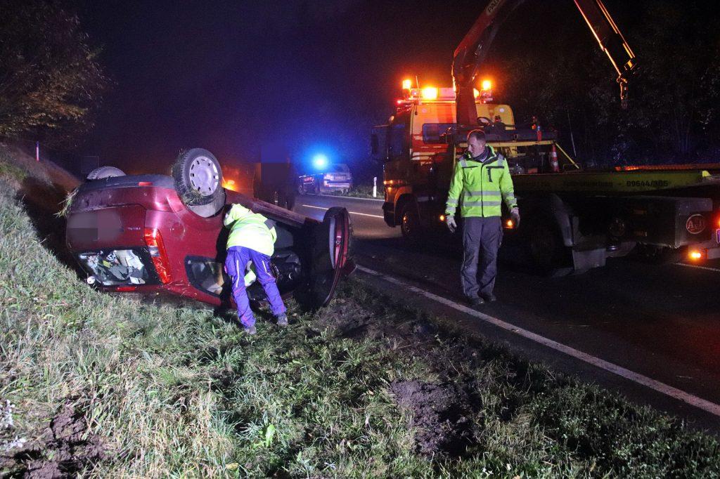 Der Fahrer des PKW blieb zum Glück unverletzt Foto: Oberpfalz Aktuell