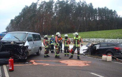 Schwerer Verkehrsunfall zwischen Paulsdorf und Freudenberg