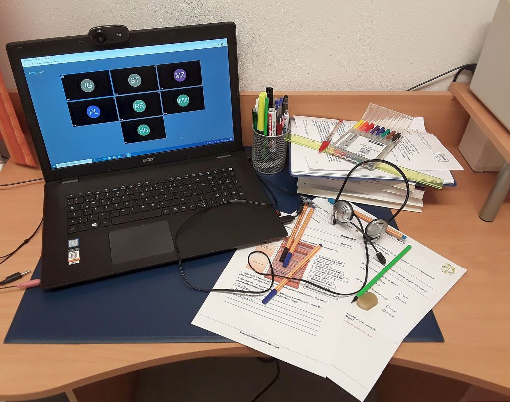 So sieht das digitale Werkzeug für den Distanzunterricht aus. Mittels einfach bedienbarer Softwarelösungen lernen die Schüler im Amberg-Sulzbacher Land von zuhause aus. Foto: Jörg Gebert / Medienzentrum Amberg-Sulzbach