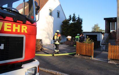 Brand einer Gartenhecke in Auerbach