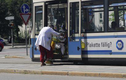 Herrmann zieht Bilanz zur Freifahrtregelung für uniformierte Polizeibeamte in öffentlichen Verkehrsmitteln im Pandemie-Jahr 2020