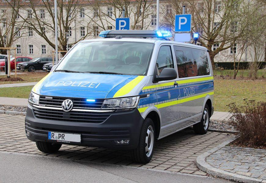 Polizei Oberpfalz mit neuen Fahrzeugen ausgestattet