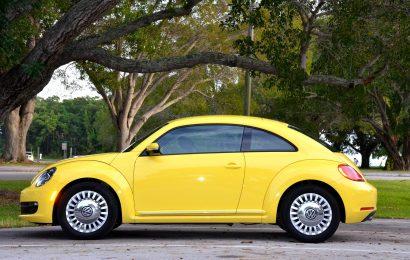 Symbolbild: Gelbes Auto