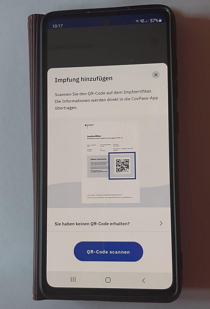 Die CovPass-App gibt es im Google Play Store und im Apple App Store und bei App Gallery Foto: © Pressedienst Wagner