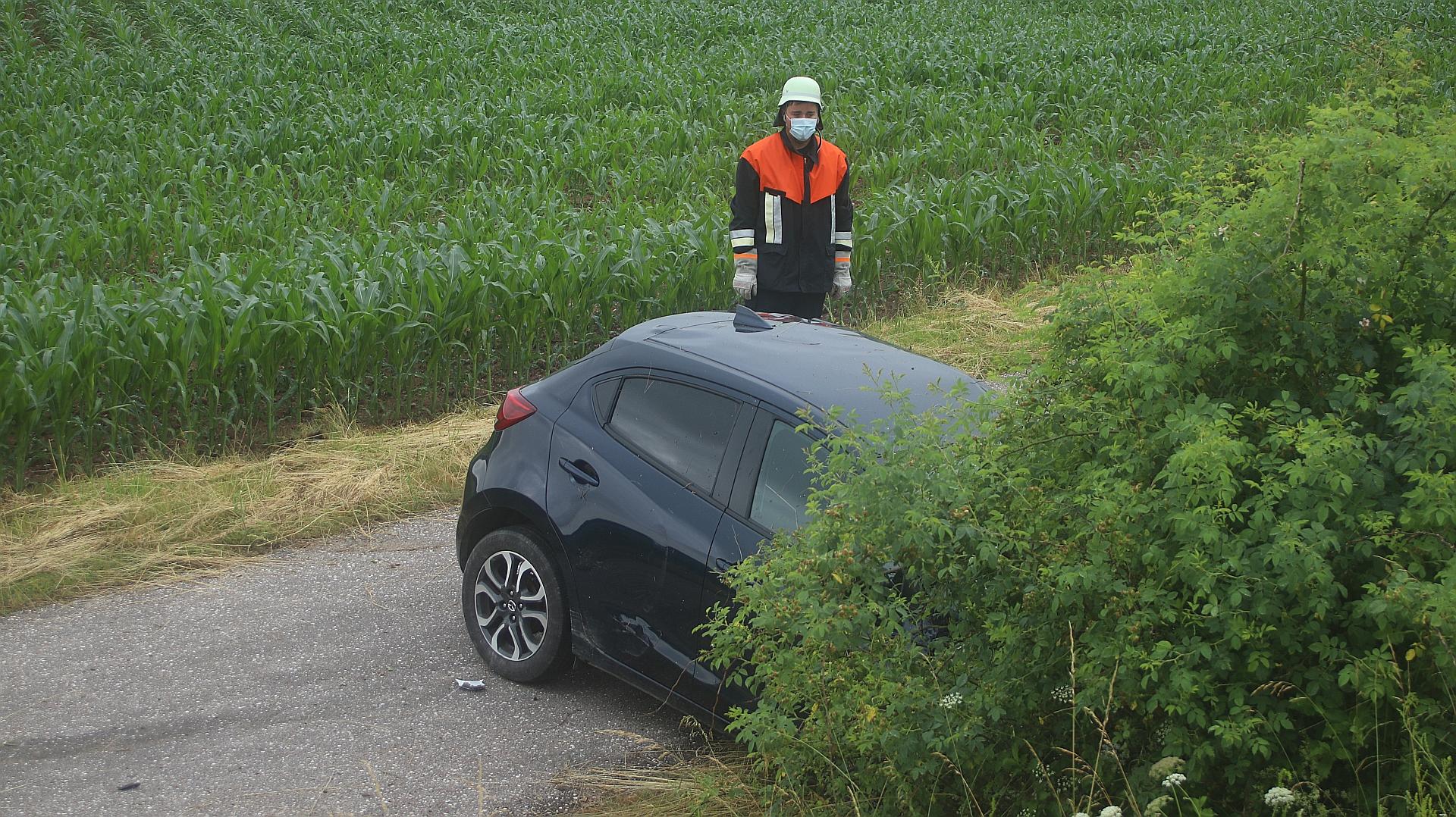Verkehrsunfall auf der St2040 bei Etsdorf