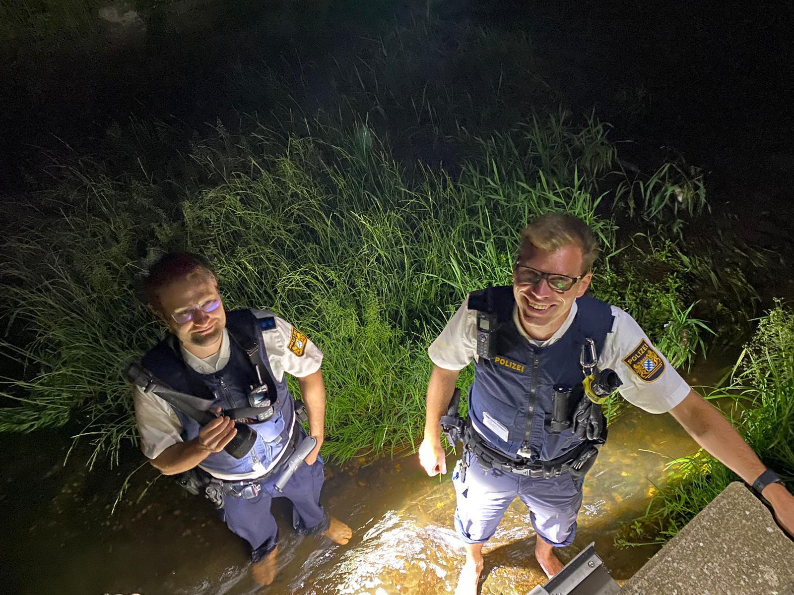 Beamte der VPI Weiden nach der erfolgreichen Vermisstensuche Foto: Polizei