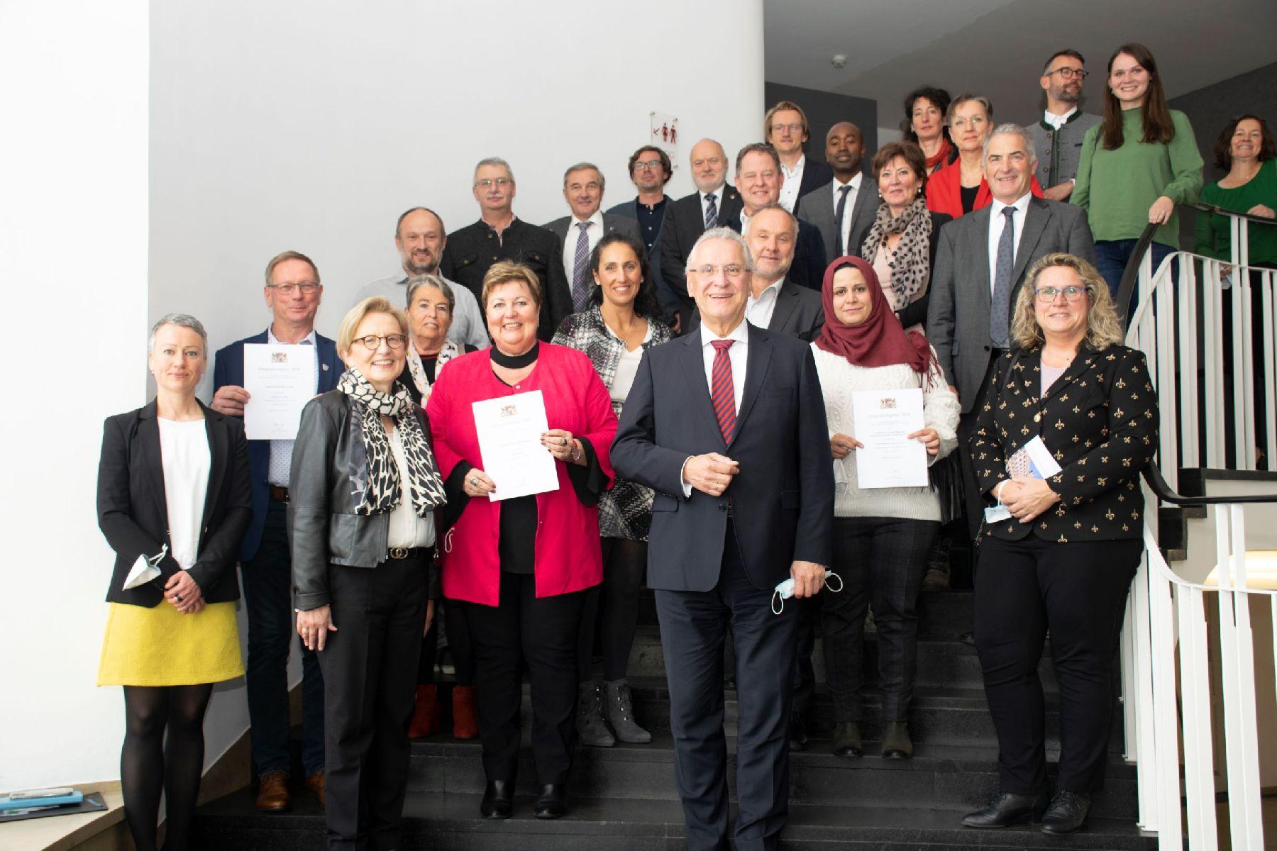 Herrmann verleiht Integrationspreis der Regierung von Oberbayern
